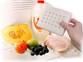 20110216181302-fridgehand3.jpg